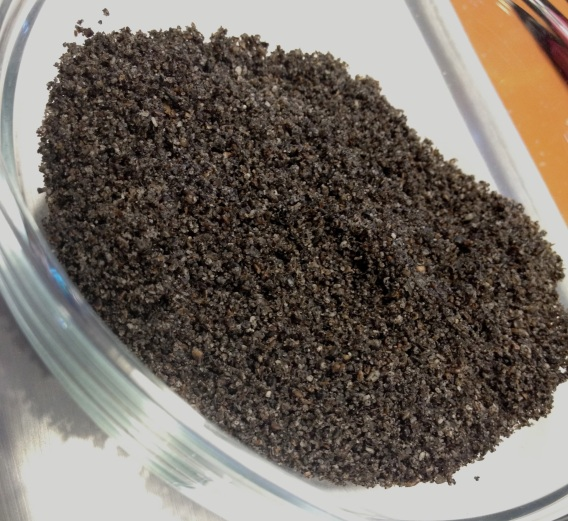 ground black sesame seeds